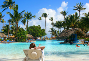 photodune-1231437-tropical-pool-bar-m